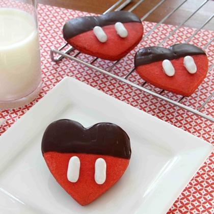mickeys-chocolate-dipped-valentine-recipe-