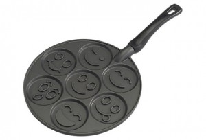 smily face pancake pan